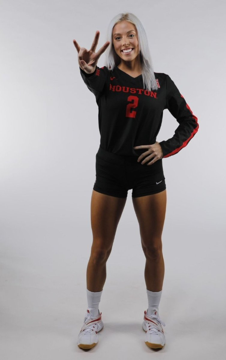 Check out Kelsey Childers!  #avafamily #alumni @UHCougarVB  #PointHouston https://t.co/kLgn1jEyYR