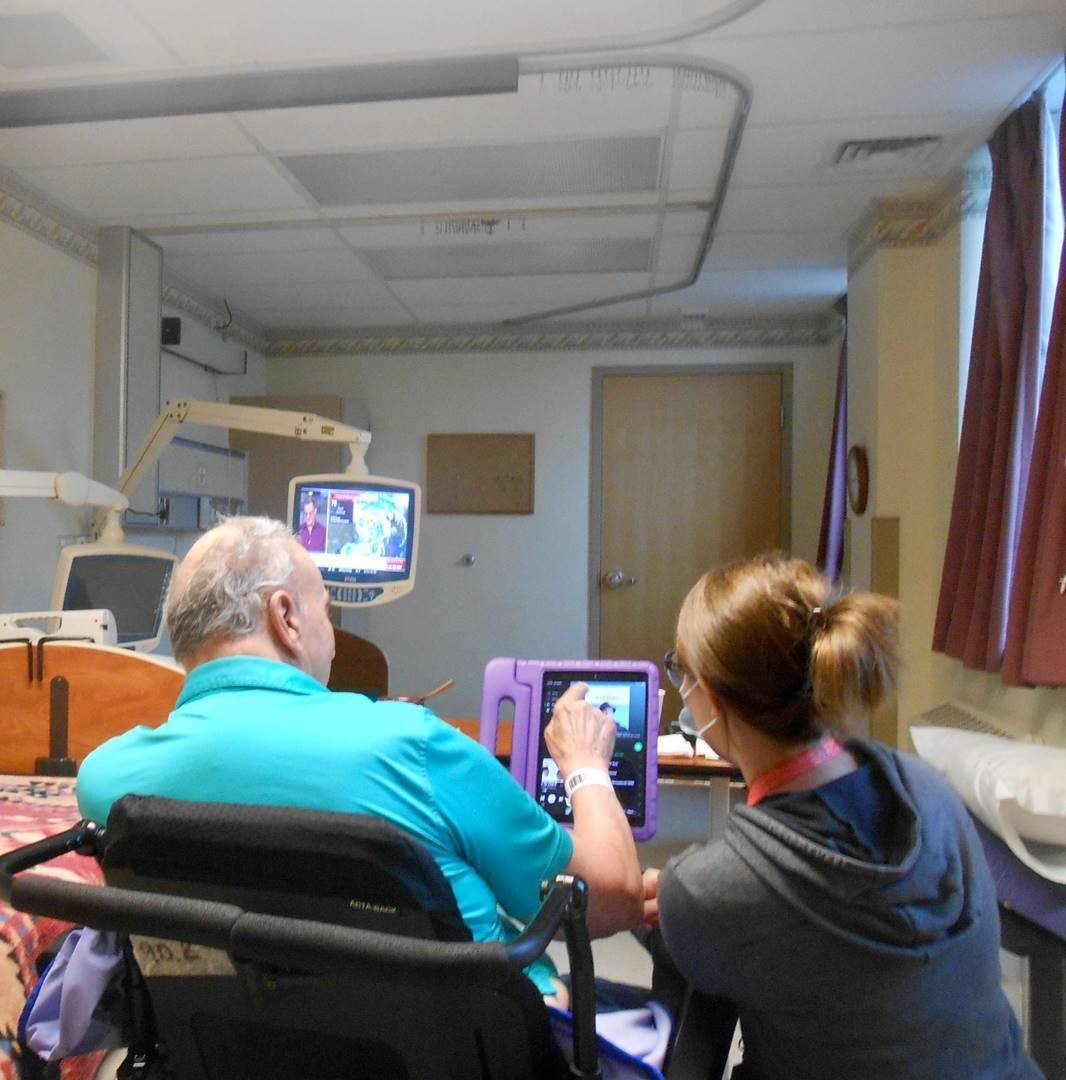 Veterans at the Soldiers Home in Holyoke are keeping busy and staying connected thanks to our fantastic recreation staff! https://t.co/IQUMDQBPQC