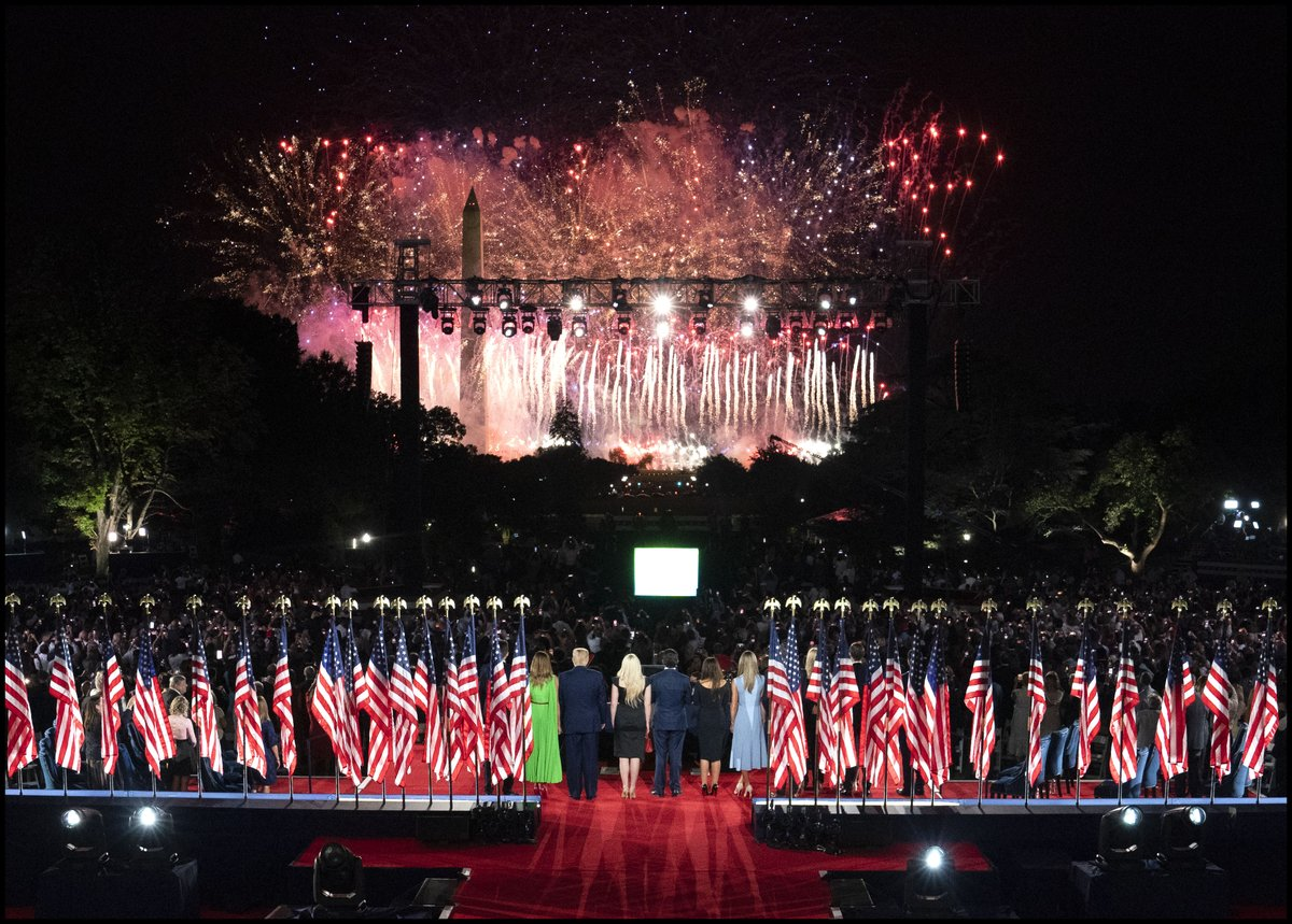.@realDonaldTrump & @FLOTUS stand with their family as  fireworks light up the Washington Monument at the end if his Convention speech on the South Lawn of the White House. https://t.co/go7L30CWhh