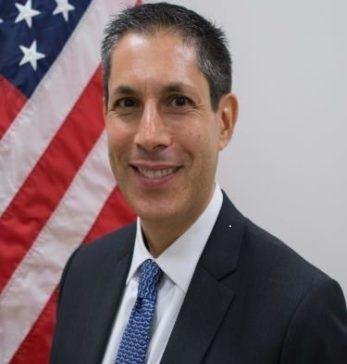 Michael Kleine is a Senior Foreign Service Officer w/ nearly 20 yrs experience in the U.S. Department of State. He has served in Laos, South Korea, Kosovo, & Vietnam. He will take you inside the US Embassy during our exclusive virtual diplomacy event: https://t.co/tieWv53GHs https://t.co/sWDsHMuzRt