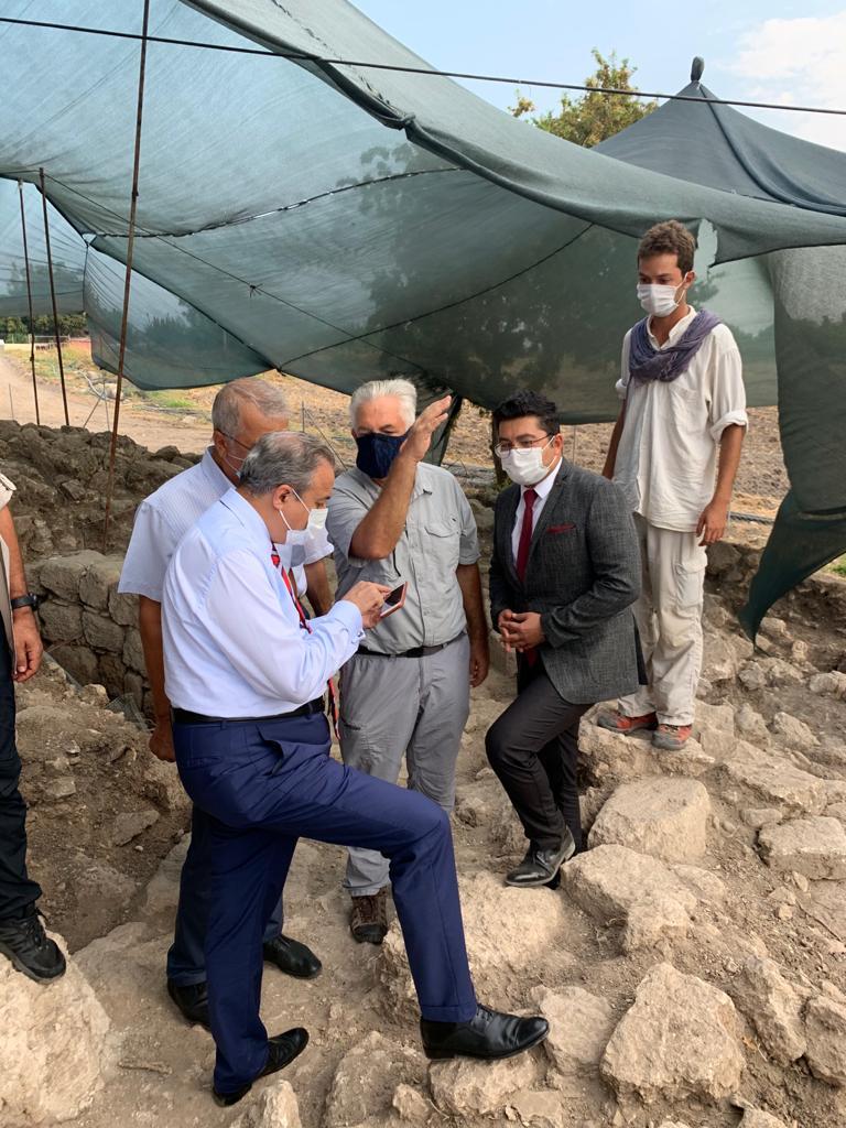 📌Valimiz Sn. Ali İhsan SU, İl Müdürümüz @emreduru33 ile beraber Soli Pompeiopolis ve Aratos Anıt Mezarı kazı çalışma alanlarında incelemelerde bulundu. https://t.co/30m3gx3PW3