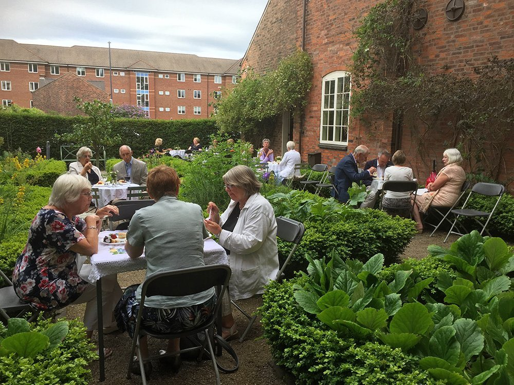 What a lovely eve this will be in the gardens @PickfordsHouse for our BBQ 4th Sept 6pm-9pm. Inc private viewing of The Florence Nightingale Health in the Home Exhibition, welcome drink, canapés, BBQ & bar. Just £28pp, Call 01332 519007 or email info@butlerspantryderby.co.uk https://t.co/nXlNPT5G5I