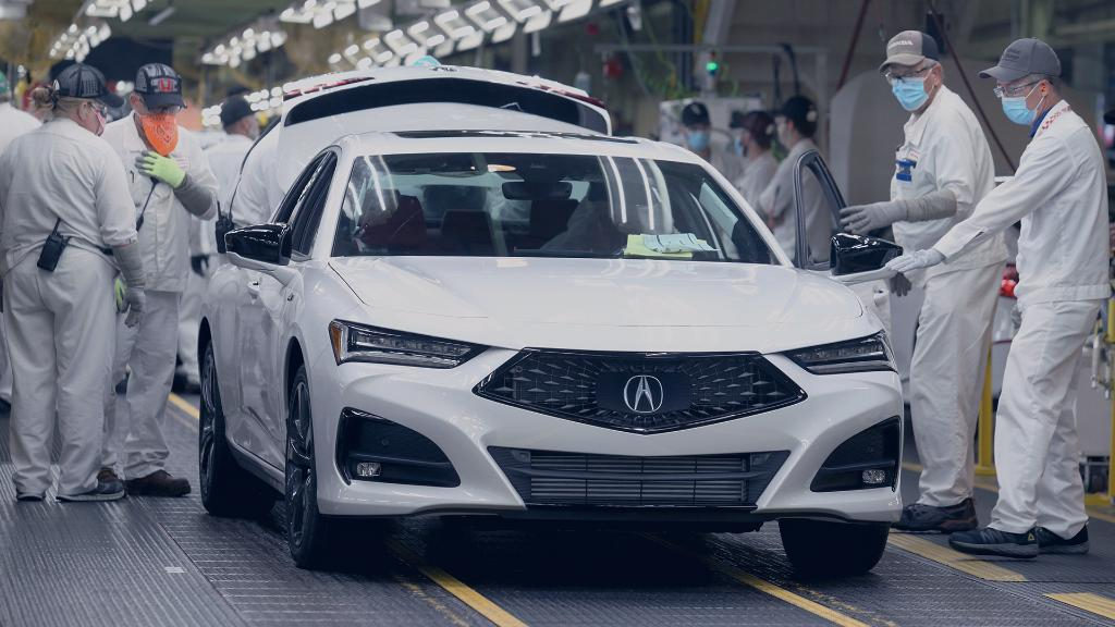 The all-new 2021 #TLX will always be the first off the line because it's the quickest sedan we've ever created. Here's to the beginning of a new era in Acura performance. #LessTalkMoreDrive https://t.co/FrTyYgSuSz