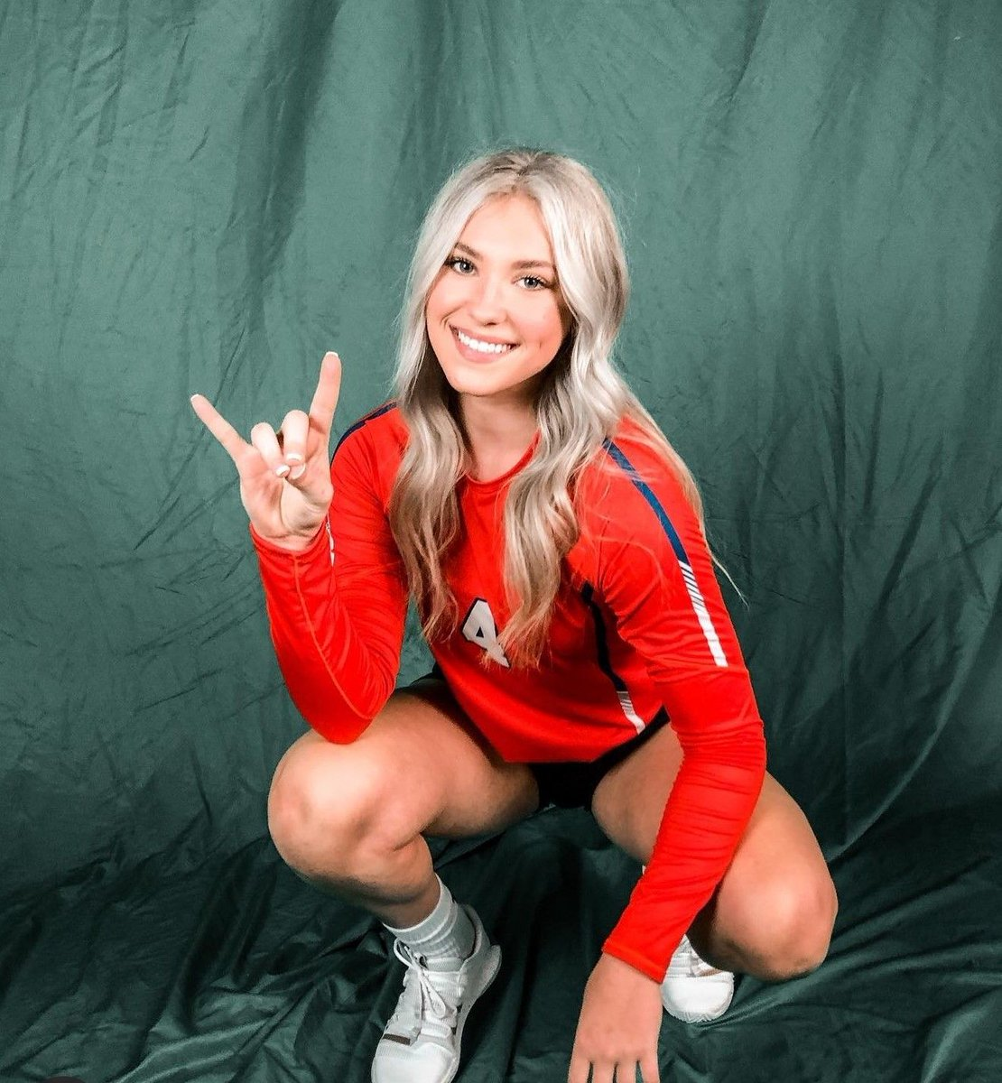 Check out Makensey Manbeck!   #avafamily #alumni  @HBU_Volleyball  #DawgsUp https://t.co/eLMLjhxQYO