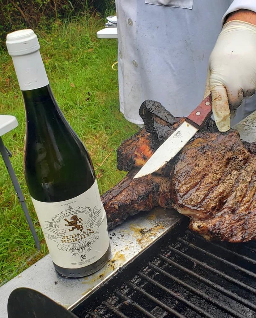 Take the chance  Enjoy with friends   #joy#bbq #steak #wine #freinds #kowher #grill https://t.co/9bPNVUrobZ