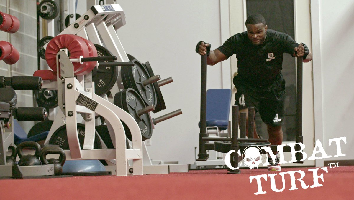 Flashback Friday! Do you remember this install at @TWooodley's gym?  #combatturf #turf #sporturf #stc #syntheticturfcouncil #tyronwoodley #attevolution https://t.co/nmG6Ytk1lu
