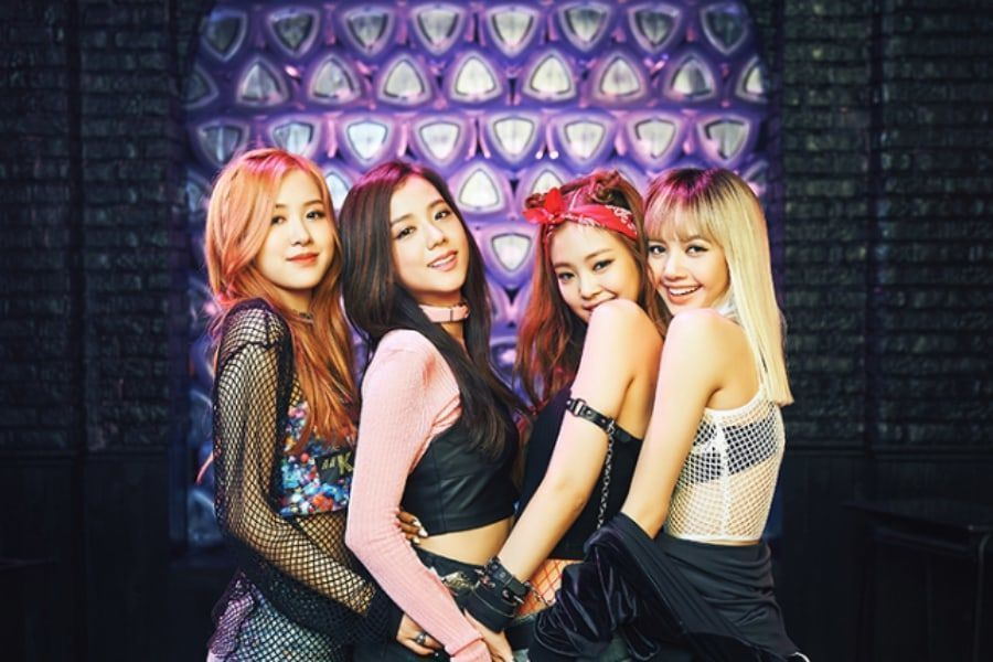 "Soompi on Twitter: ""#BLACKPINK's ""BOOMBAYAH"" Becomes 1st K-Pop Debut MV To  Hit 950 Million Views https://t.co/cbj48XDoOS… """