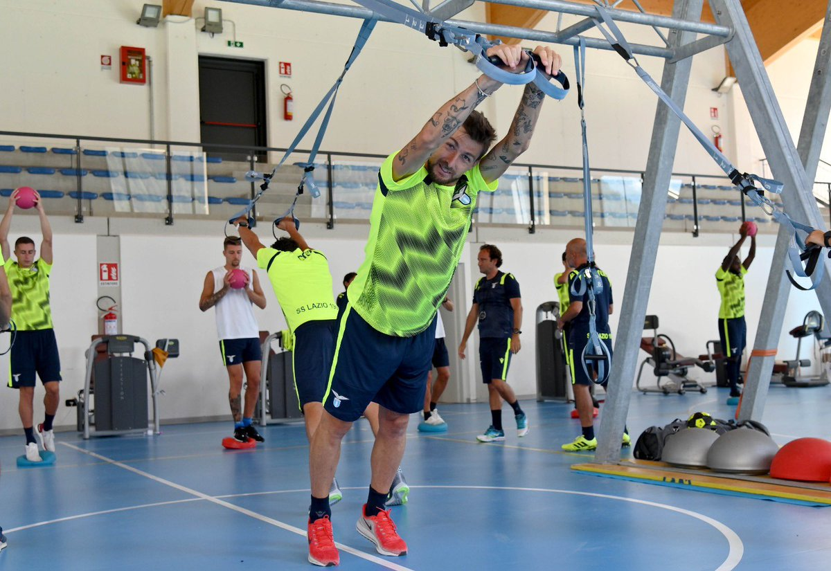 Training mode 💪💪💪 #Ace  #Acerbi #CMonEagles https://t.co/CsPqF4E9KL