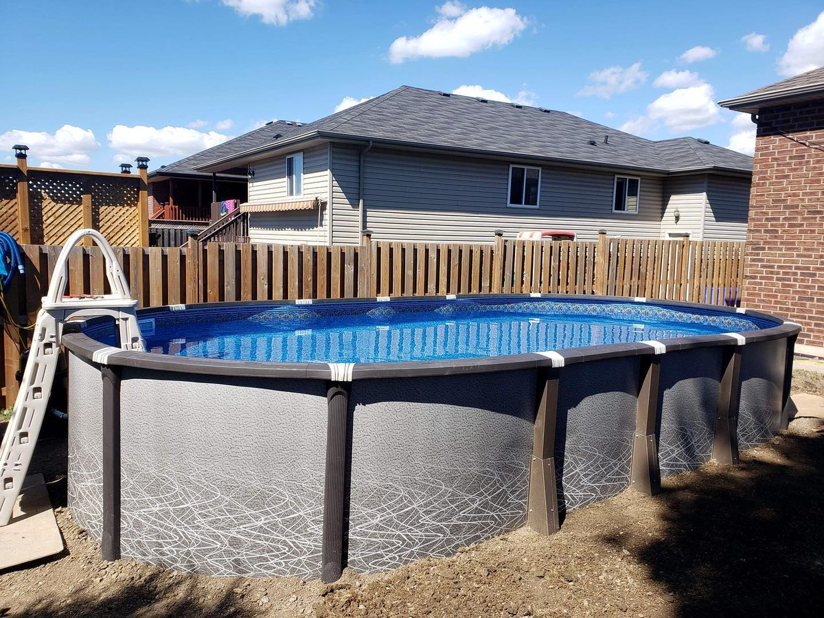 Thank you for sharing your beautiful #pool Rima G from Windsor, Ontario! They bought an Element 15 x 30 oval above ground pool with a 54-inch A-Frame ladder and deluxe equipment package! #PoolSuppliesCanada  📦https://t.co/T7tNhNYkm1 ➡️Element pools starting from $2799 https://t.co/KKkfP0Nlph