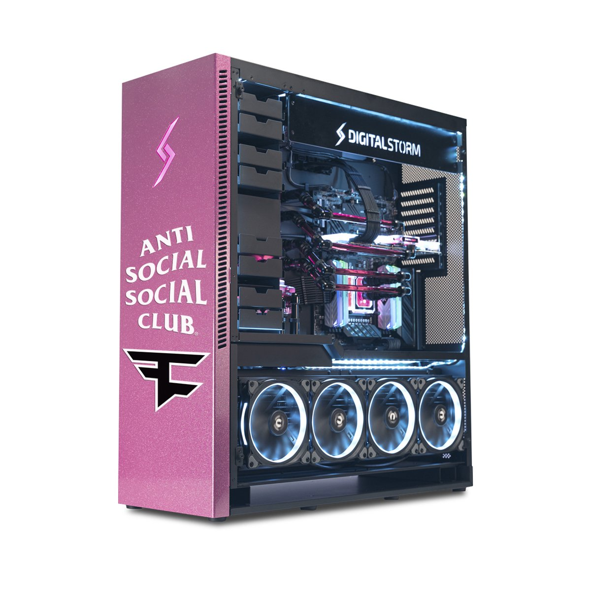 We're giving away ONE FaZe Clan x Anti Social Social Computer. Want it? Just RT & like this post - and then reply with why you think you should get it.  FaZe Clan by Anti Social Social Club, the Collection launches tomorrow, August 29th at 8AM Pacific/11AM Eastern https://t.co/btKPn2PEZn