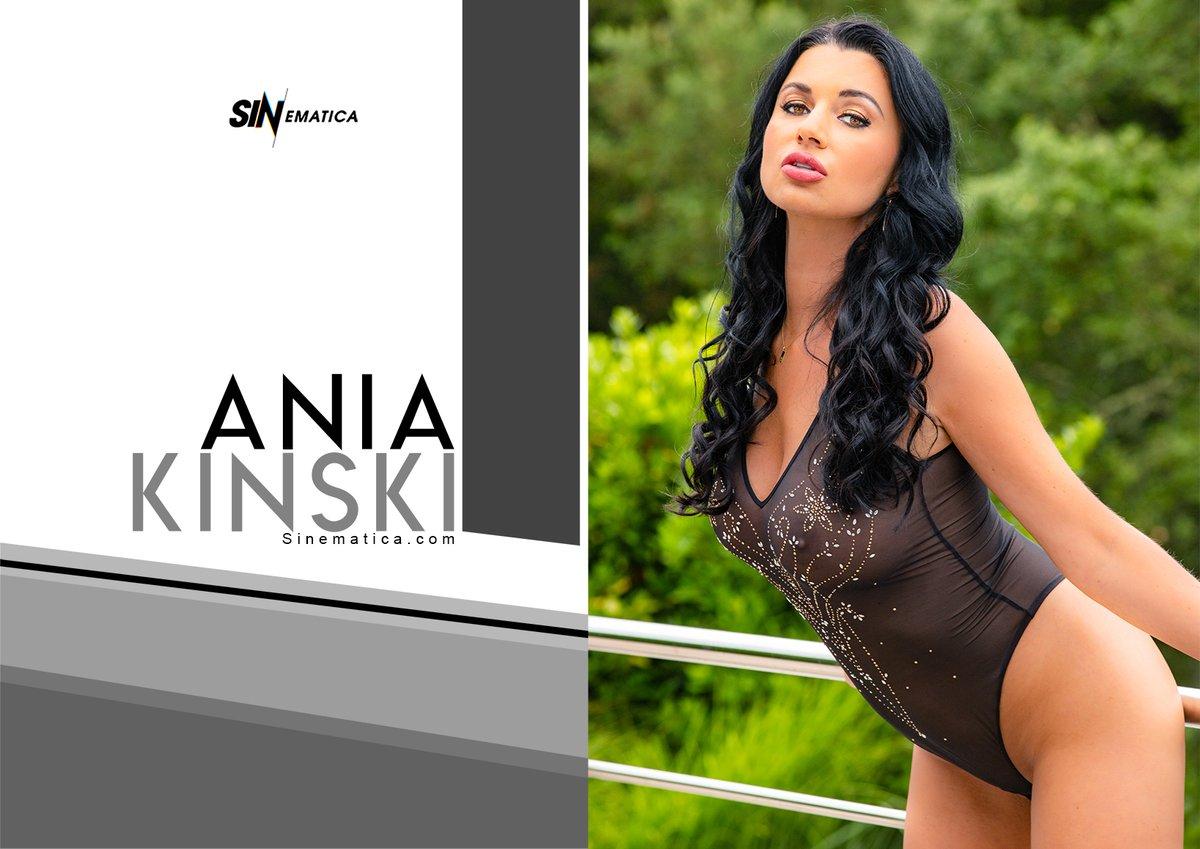 Ania Kinski