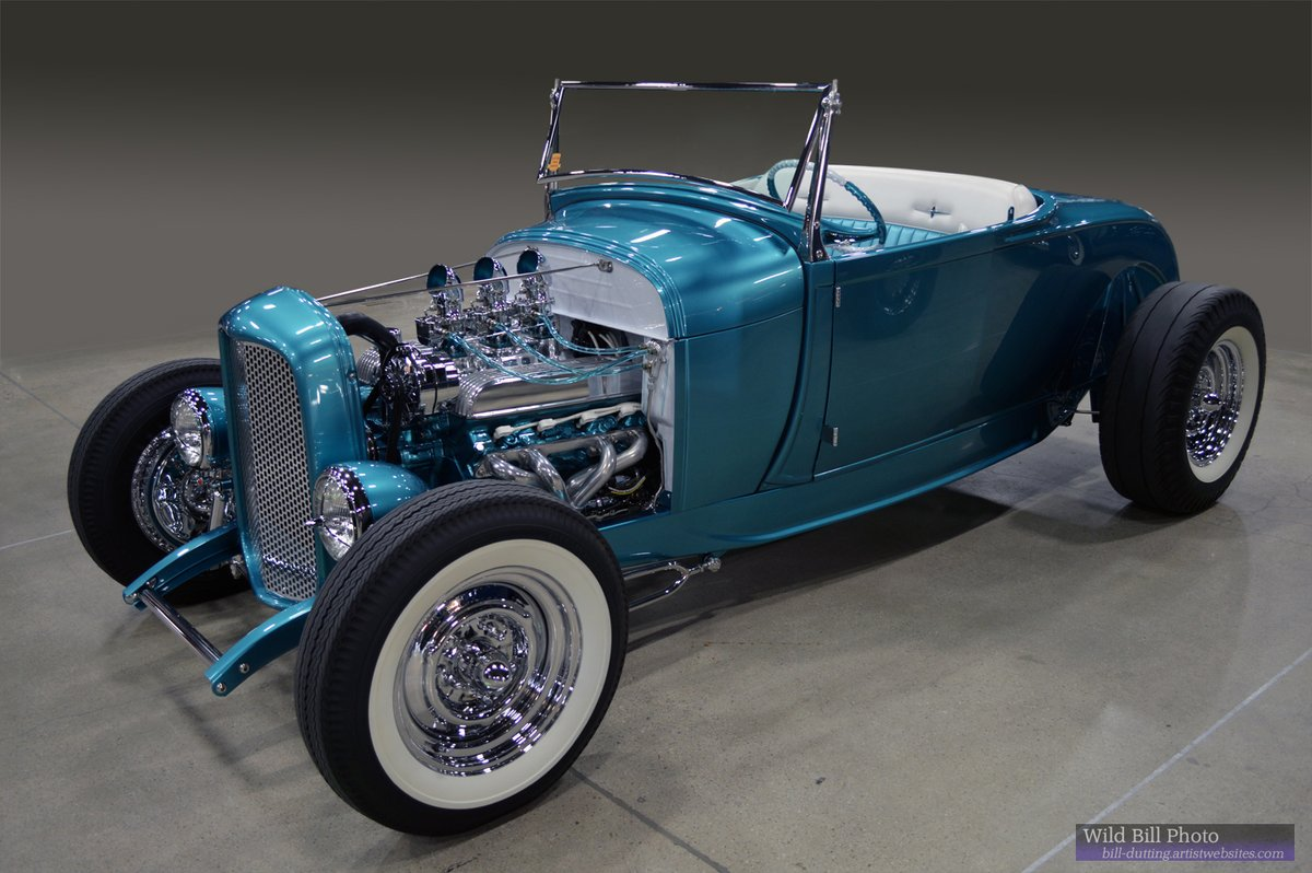 #Car 🚘 Awesome of the Day: Metallic Blue #Steampunk-ish ⚙️ 50's Built #HotRod With Open Engine via @wildbillphoto #SamaCars 🚗