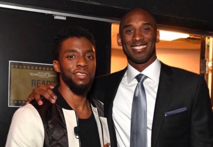 黑豹飾演者因癌症逝世,NBA眾星悼念,粉絲曬他與Kobe的合照感嘆:兩個國王在一年內消失!