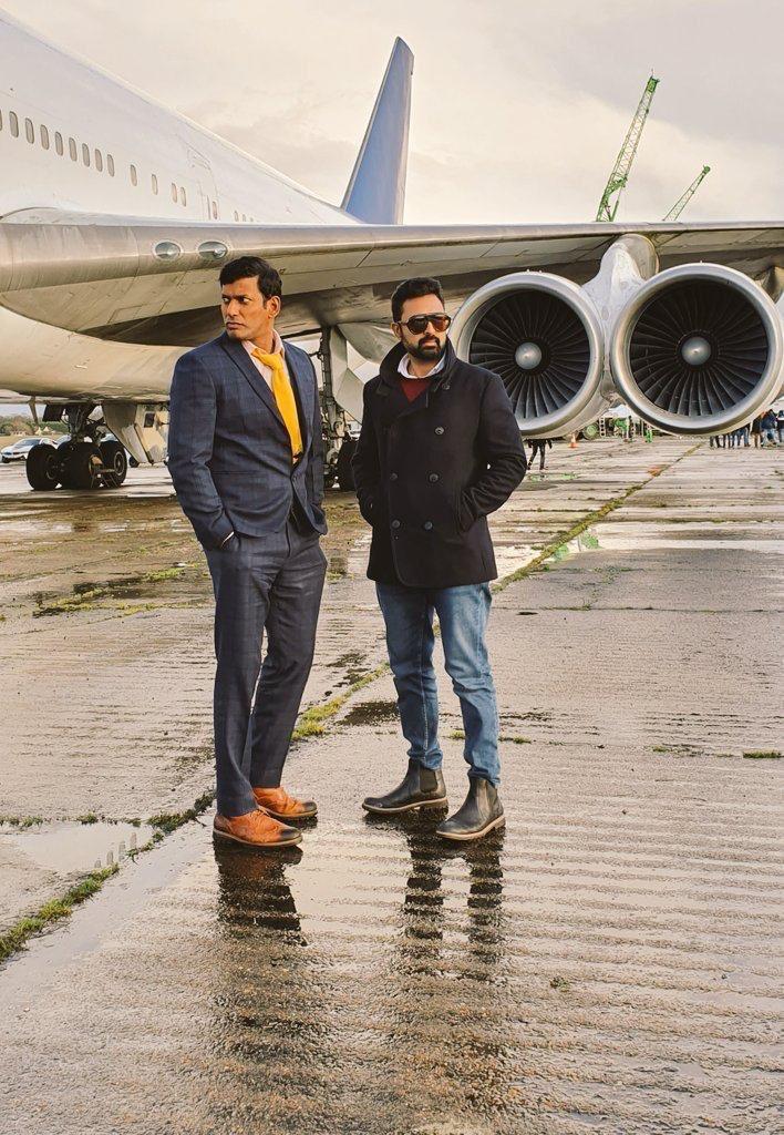 "#KaniyanPoonkundran & #Mano will soon be back in action, this time, ""Hunting in London""  #HBDVishal  #Thupparivaalan2  #HappyBirthdayVishal https://t.co/w5xhwlUeUj"