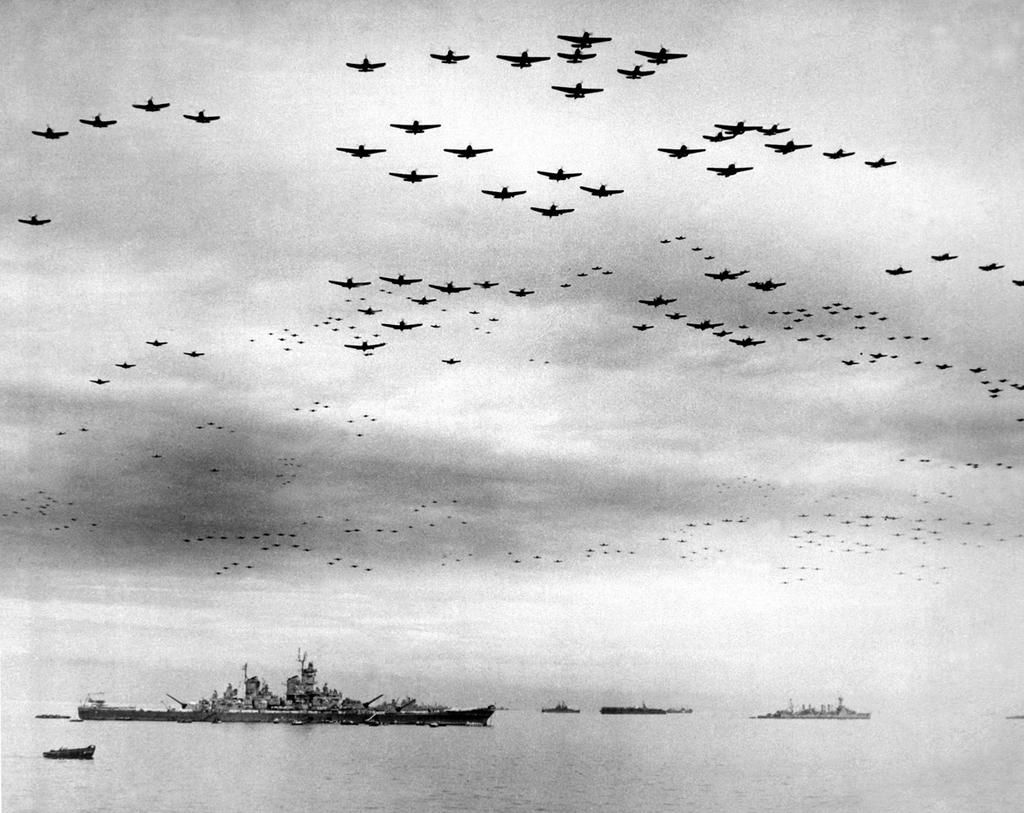"""Zero Blog Thirty on Twitter: """"#ZBHistory: 1945-The USS Missouri anchors in  Tokyo Bay. The Missouri was the last battleship commissioned by the US. The  ship's history is great w/ highlights of Iwo"""