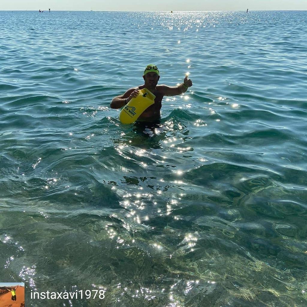 Credit to @instaxavi1978 : Sortideta amb material nou! #aigüesobertes #platjadebadalona #sensacional #quenofaltideres  Thank you @newwaveswimbuoy . #swimbikerun #trilife #ironmantraining #ironmantri #swimmer #tri365 #tritraining #triathlontraining #3athl… https://t.co/DbMjdbFegN https://t.co/huQzTwFw8w