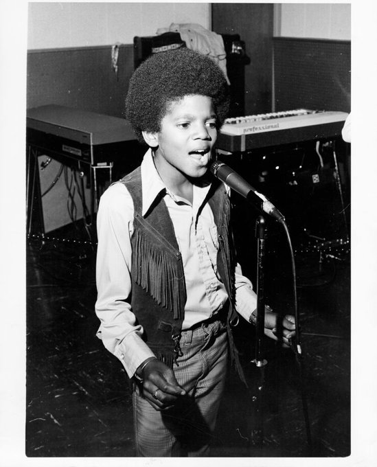 """Happy Birthday to the \""""King of Pop,\"""" Michael Jackson! : Getty Images"""