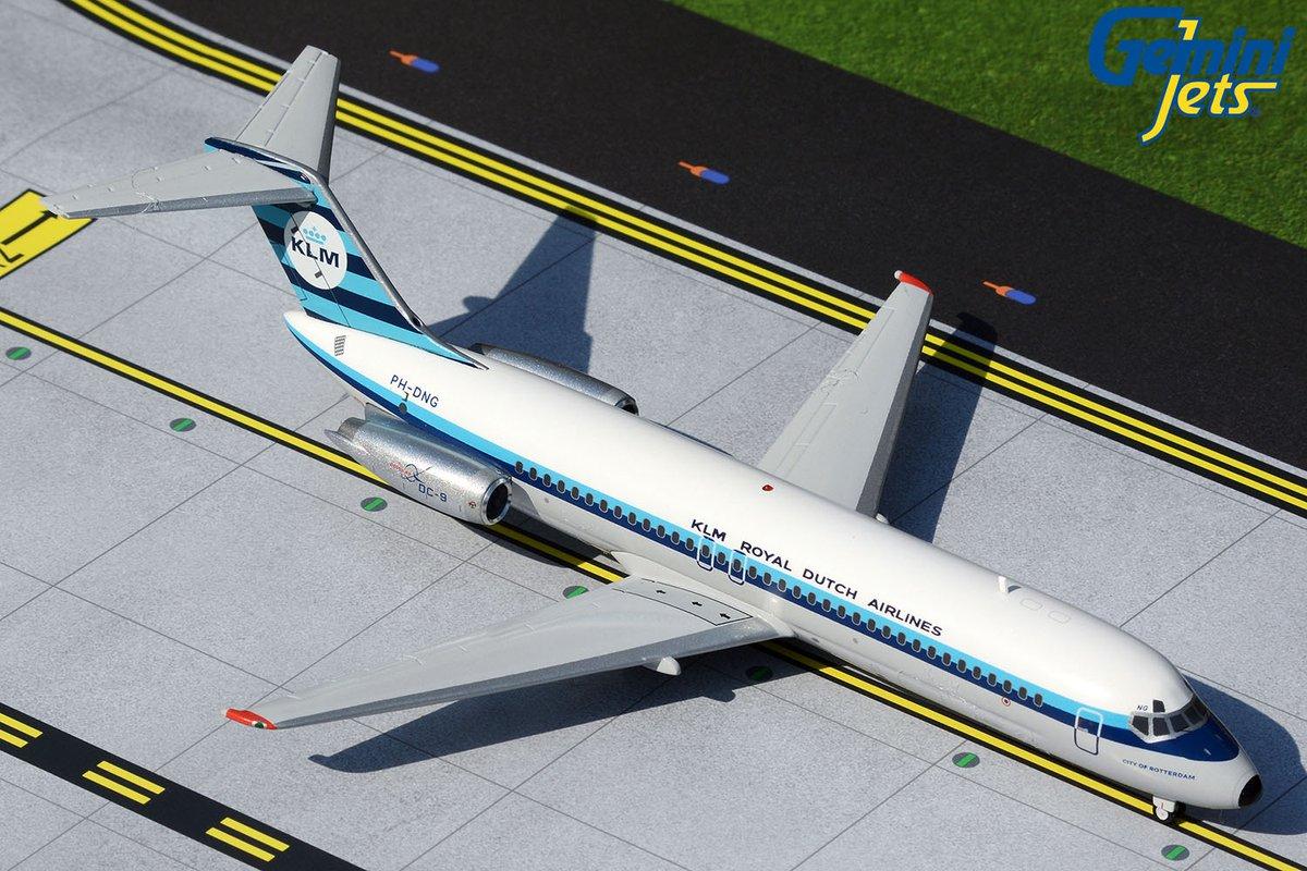 Gemini Jets Air Canada Express Dash 8 300 1:200 Scale G2ACA851