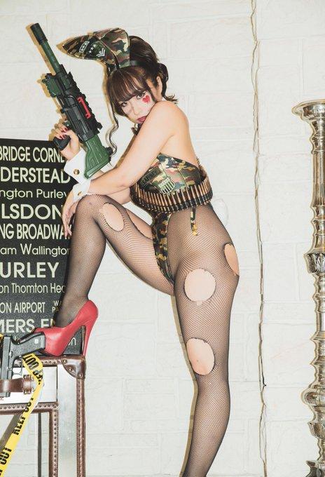 バニーガールの渋谷さんのTwitter自撮りエロ画像31