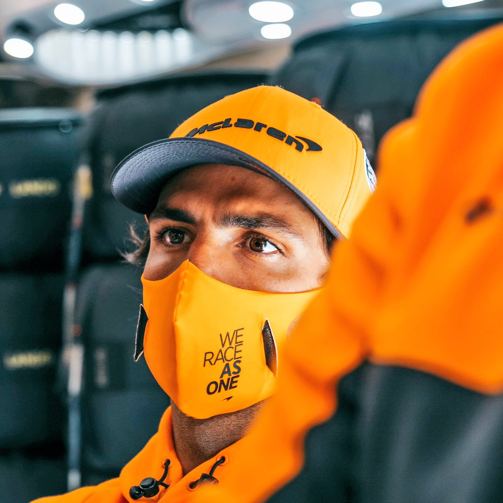 When it's starting to sink in that you're really about to become a Ferrari driver soon & you're like #F1reactions https://t.co/tQuHLY5IJo