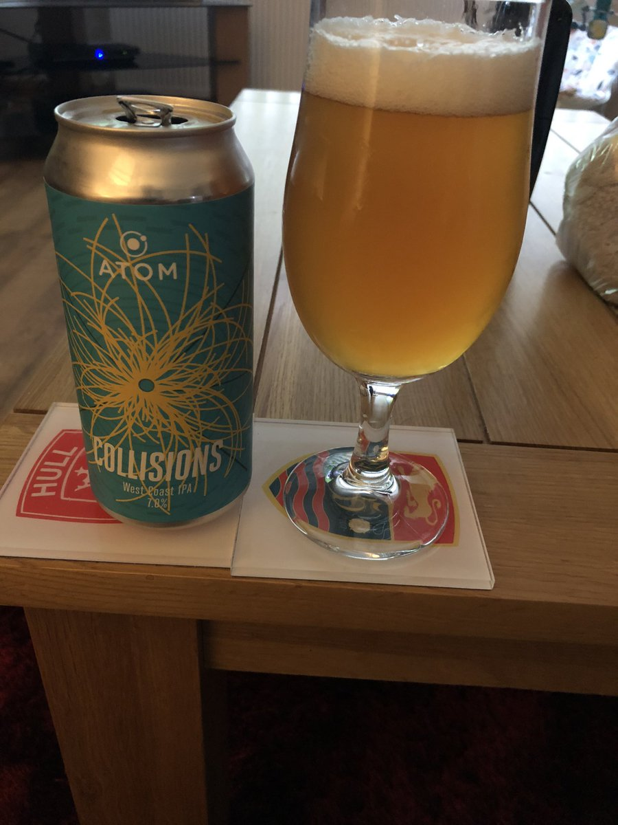 Bank holiday beer courtesy of @atombeers #supportyourlocalbrewer https://t.co/iRg7OCps5b