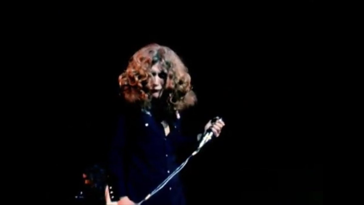 """Won't somebody please listen to me."" 🎵🎤 #Howmanymoretimes #LedZeppelin 1970, Royal Albert Hall at the height of their powers. Hasn't been a better rock band since. https://t.co/jIna6Q2X57"