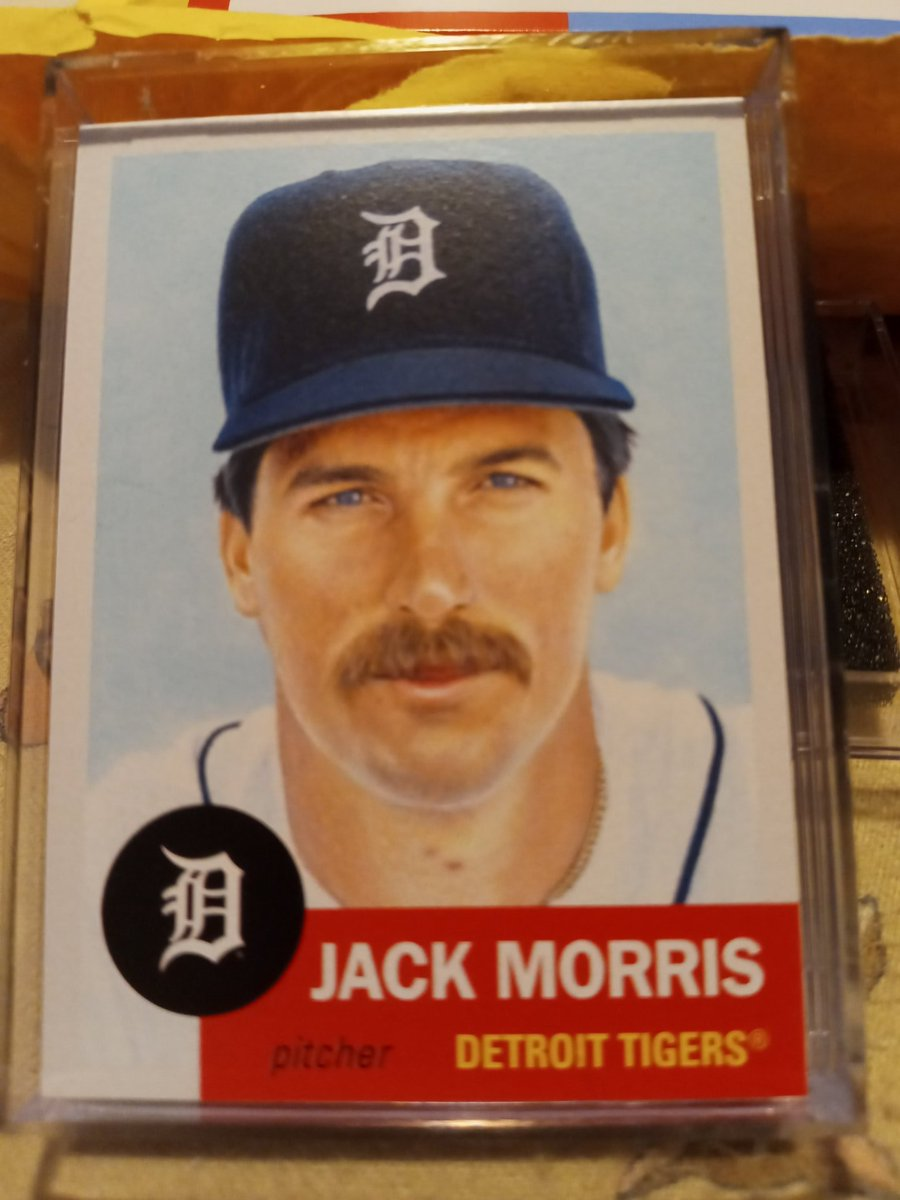 Mailbox check tonight has my #ToppsLivingSet card of @tigers #HOF pitcher #JackMorris , which, makes 7 total #Tigers cards in my TLS collection. @topps  @ToppsLivingStat @FOXSportsDet #DetroitRoots #thehobby  @tradingcarddb  #AlwaysATiger 🐯⚾ https://t.co/bAUbCeCecA