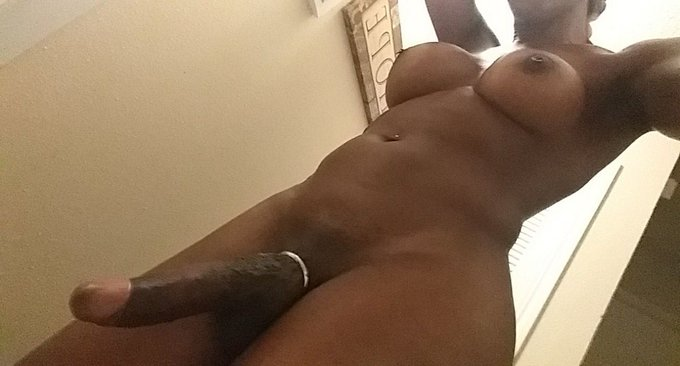 Who's ready to submit & worship the nubian goddess?! https://t.co/697xQUOvwu