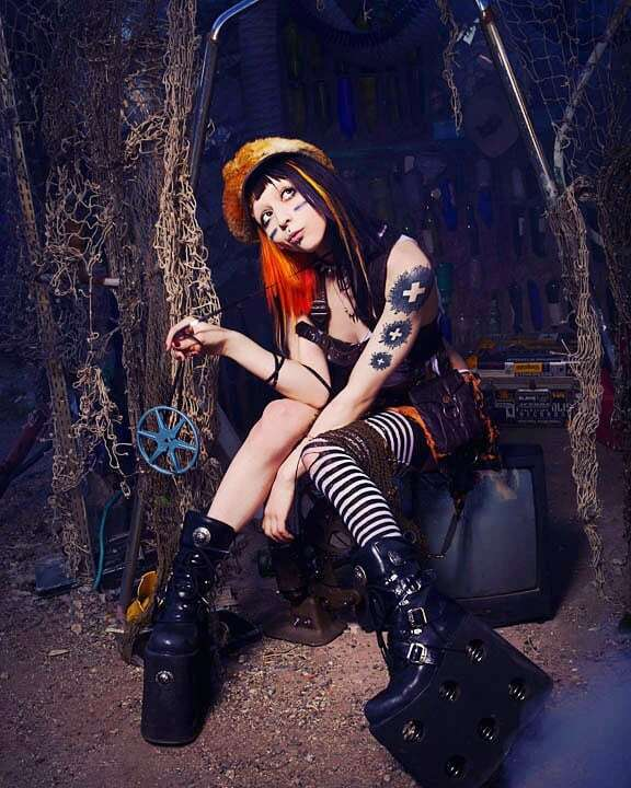 My Daily #Steampunk ⚙️ #Geek 🤓 #Space 🚀 #SamaCollection 🗞️ of Tweets with @BabetteKD @HeroesInColor00 ⭐ Feat. @cameradoll View More Selections 👉 https://t.co/iLWqTUIbYx