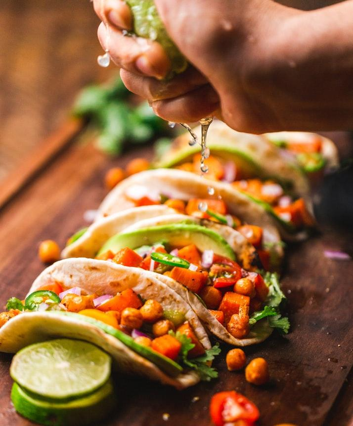 Mmmm...who doesn't love tacos!?   Come out to the Sacramento Taco & Margarita Festival! There will be a wide variety of margarita drinks made by award winner bartenders and tasty tacos. Visit the link to learn more: https://t.co/kFICnr3dJf   #SacCulturalHub https://t.co/xIpufVhhal