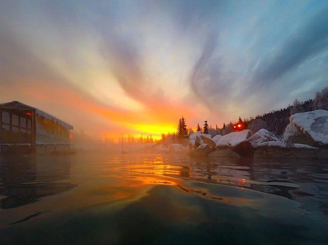 The sensation of warm water in the winter with a beautiful scenery is breathtaking 🥰💙🌞  Reposting @chrisboulton  #hotwater #alaska #winter #hotsprings #travelalaska #alaska #fairbanks #northadventures  https://t.co/8QGfdqNq1h https://t.co/CFPagdf9ic
