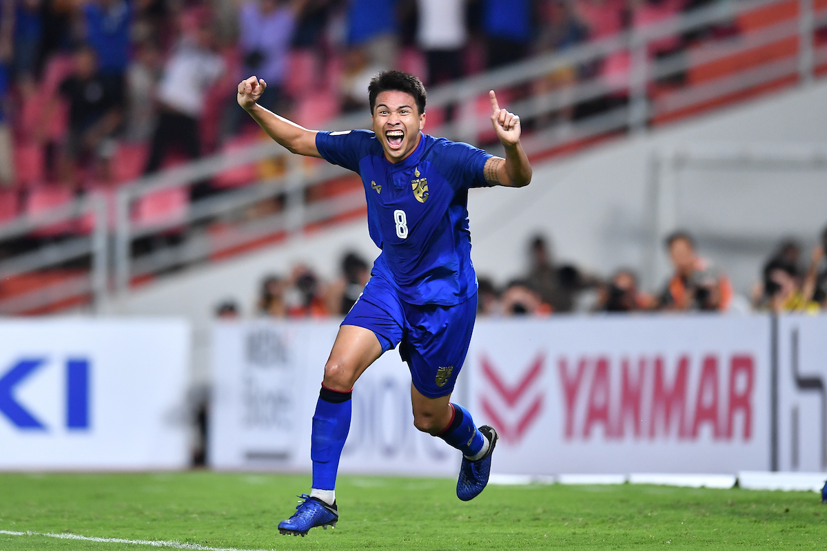 Happy birthday to @Changsuek_THstar, Thitiphan Puangjan! 🥳  #AFFSuzukiCup https://t.co/8MOhjxVDPa