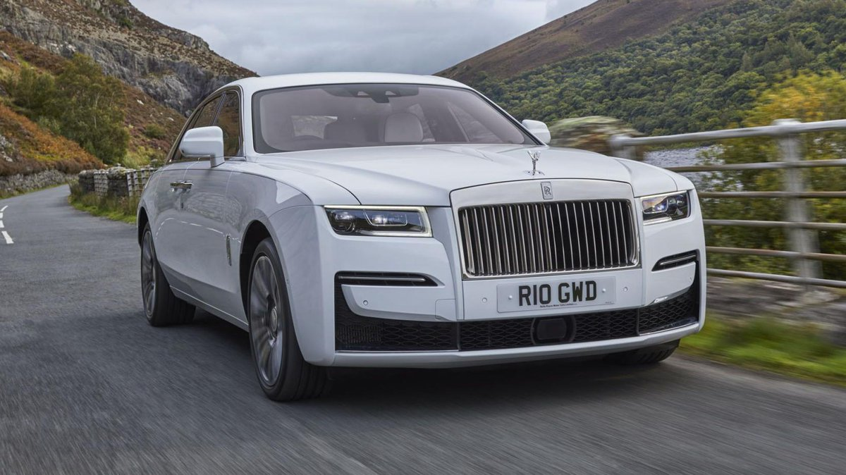 Rolls-Royce Ghost review: RR's 'post-opulent' saloon. Second-gen Ghost turns the act of motorised forward motion into an artful experience → https://t.co/7G7XUrebUk https://t.co/aUFQQOihzO