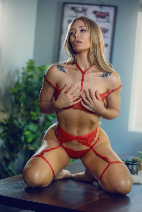 Should I wear this for our LIVE SEX SHOW tomorrow on #ZZplus? Create your free account today and get