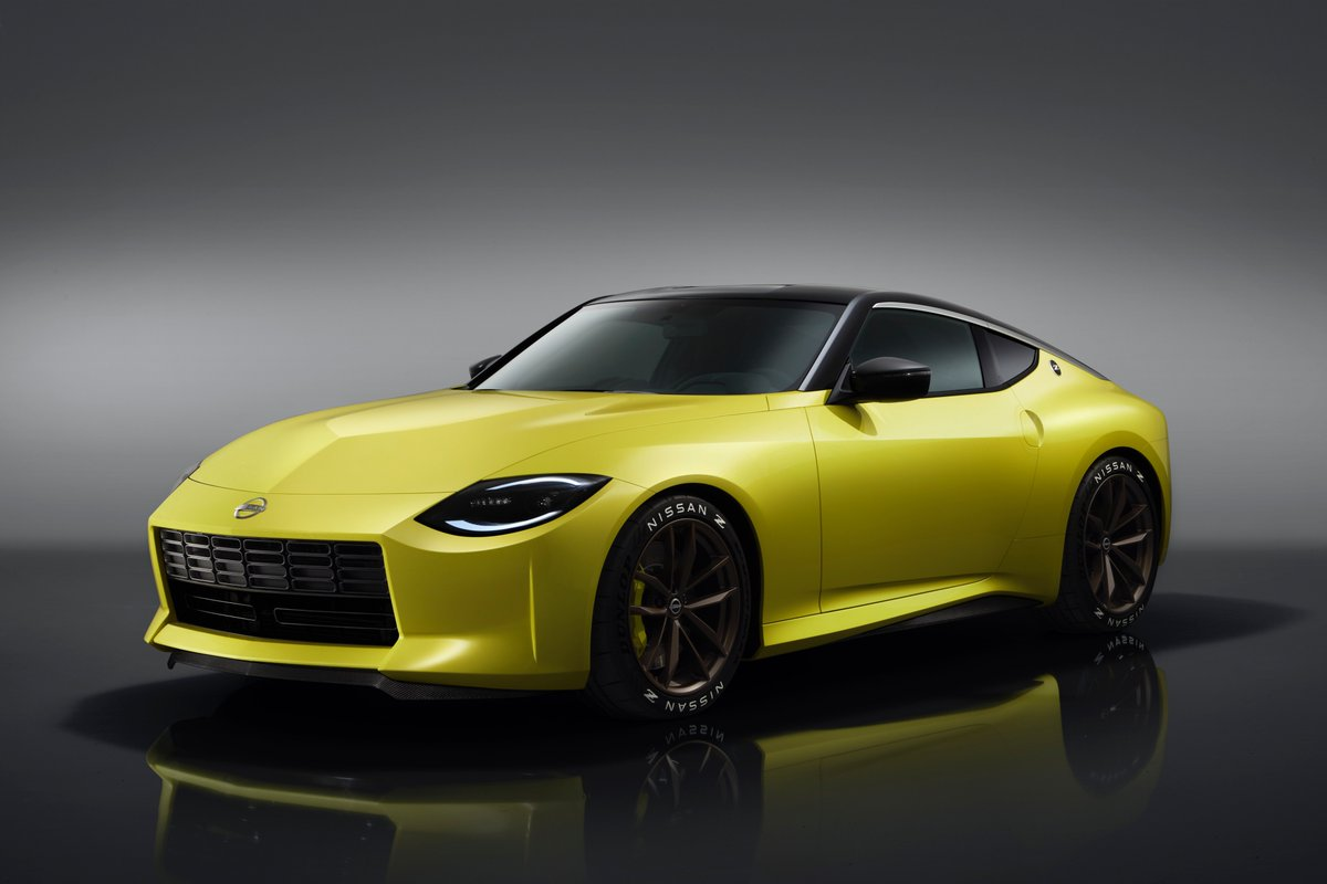 We just revealed the #NissanZ Proto! Sporting bright yellow pearlescent paint and a distinctive Z roofline, it pays tribute to previous generations of Z cars while modern design features point to the future. Learn more about the #PowerofZ at https://t.co/4oIThhhMLI. https://t.co/Ru7n2XbgUc