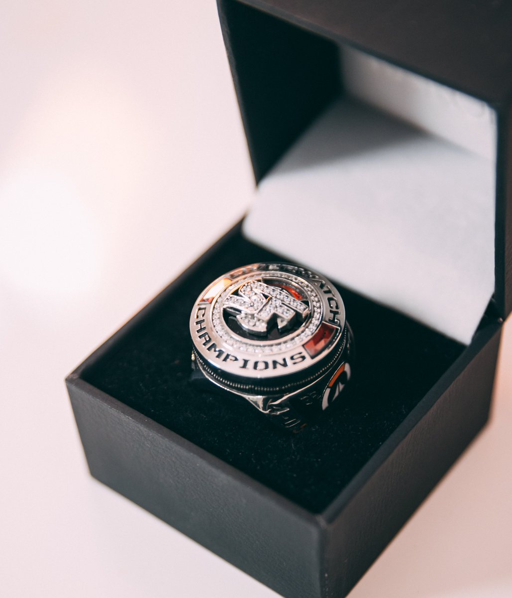 Last night we presented the 2019 class of SF Shock with these long-awaited championship rings. 🏆💍 We reflected on what our team accomplished in 2019 and are more motivated than ever to do it again in #OWL2020 Were going to make you proud Shock Fans. #WINNABLE