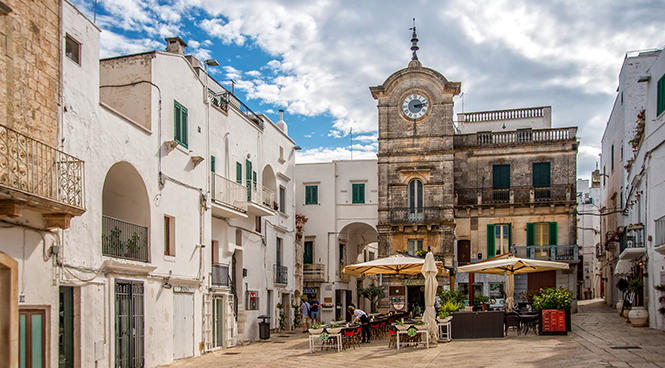 Borghi d'Italia: #Cisternino in provincia di Brindisi 😊 https://t.co/G14YierP1D