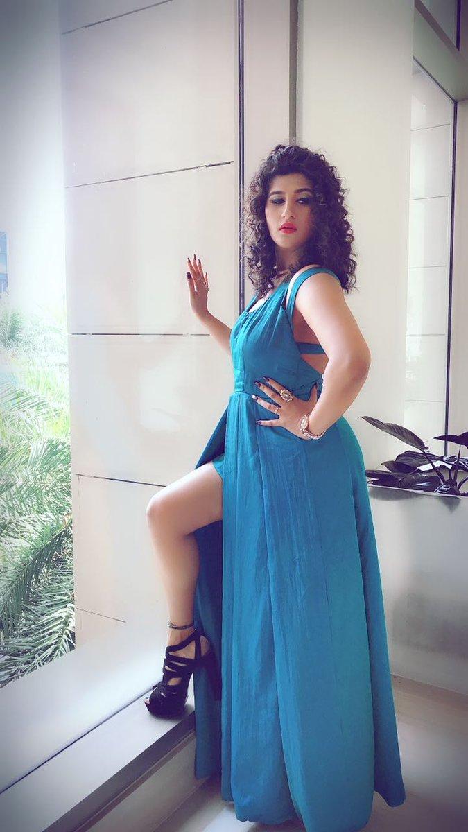 Beauty In blue #Mayurijshah 😍📸  @Prabhastylish https://t.co/frwUbpNw1l