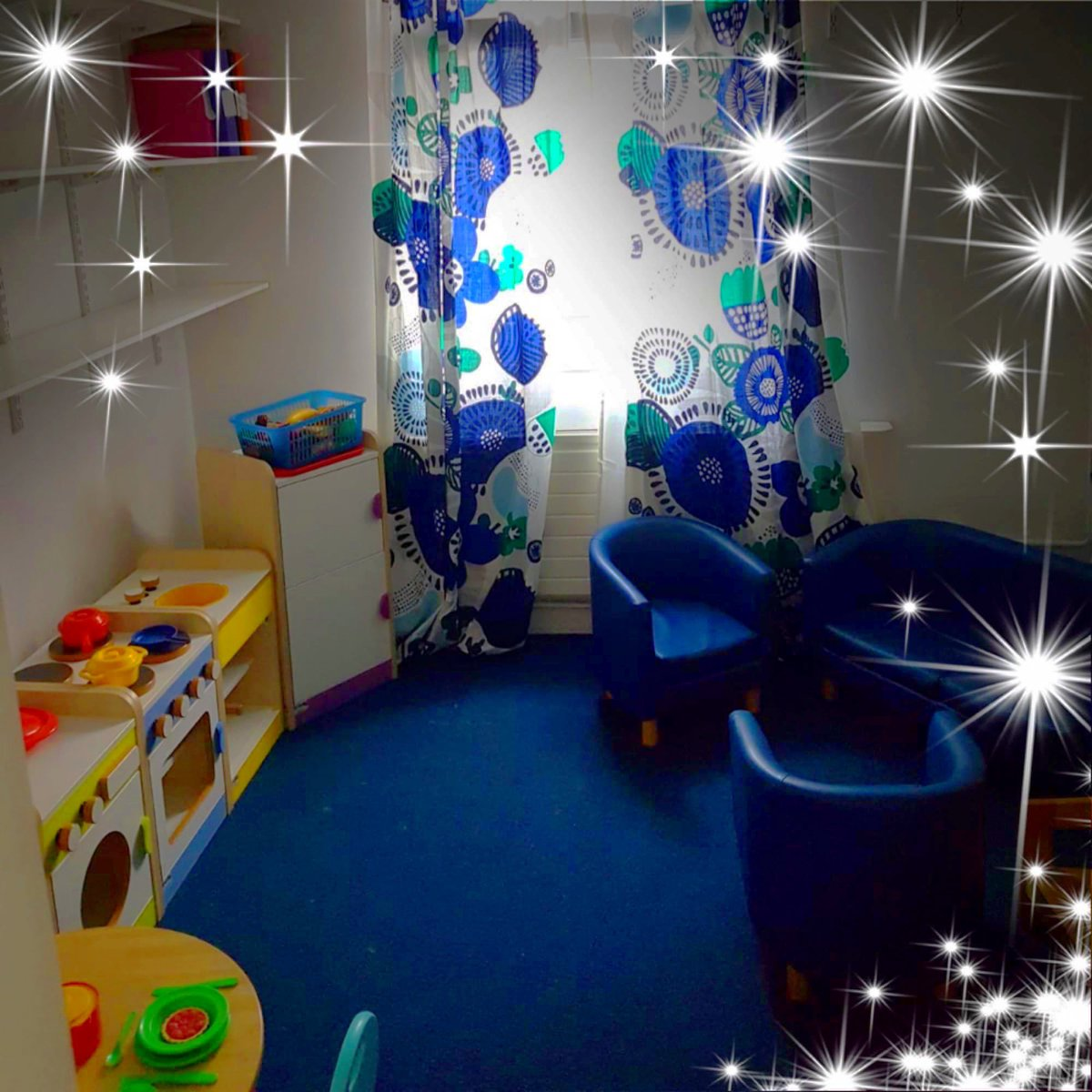 Mrs Jamil asked for a new home corner in Nursery! #Tadaaah Do you think she will like this?!?!? #Weloveourschool 💙 https://t.co/MMB0iu9G3C