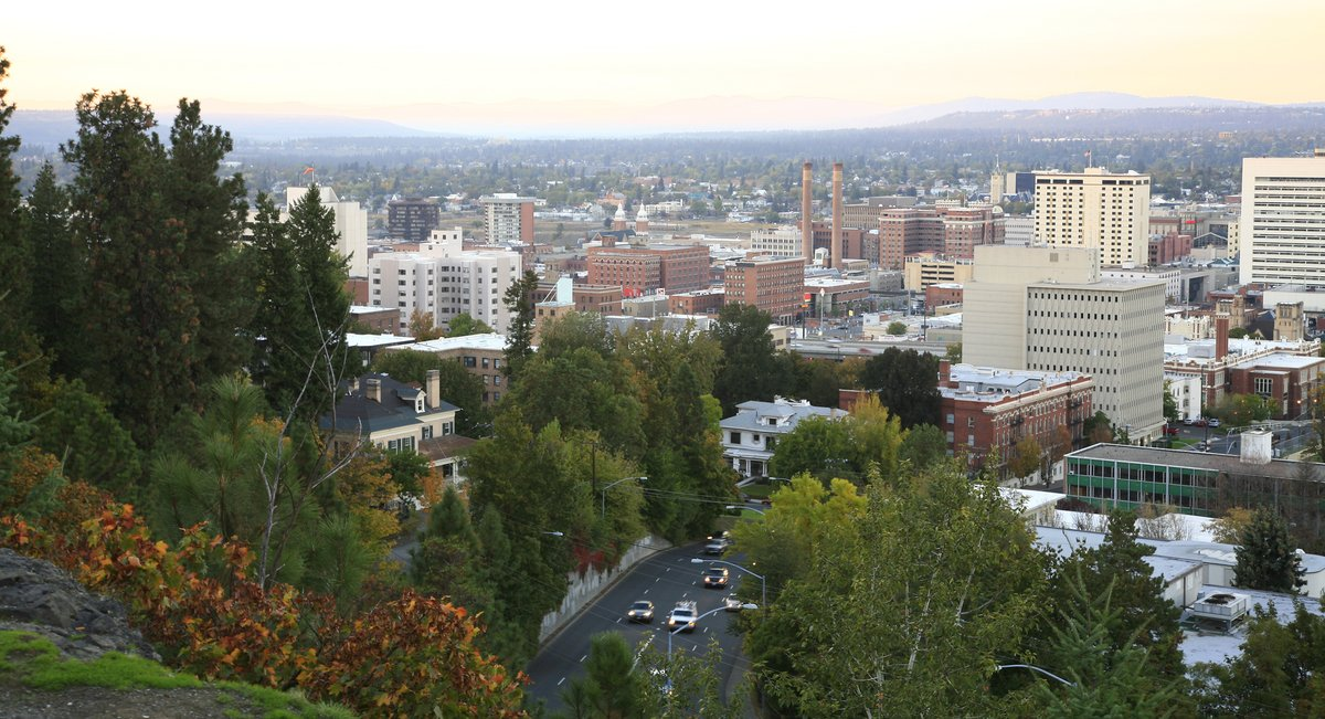 Thanks to the unwavering efforts of @smile_spokane, @BetterHealthEWA, and all local supporters of health equity, Spokane City Council voted with the public's health in mind. We're grateful to work alongside local funders and partners in advancing #healthequity for all. https://t.co/tQ7DATNLzT