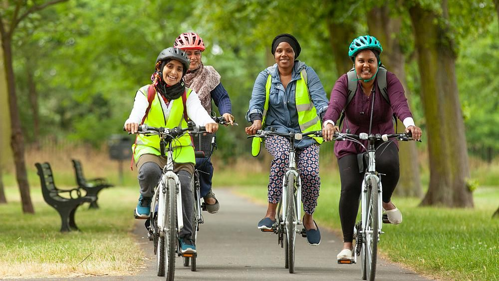 Does everyday cycling lack diversity?  Evidence shows that cycling is the most discriminatory of all outdoor activities in terms of gender – what do you think? https://t.co/IbBwEVRlpy https://t.co/pFubu8Gf38