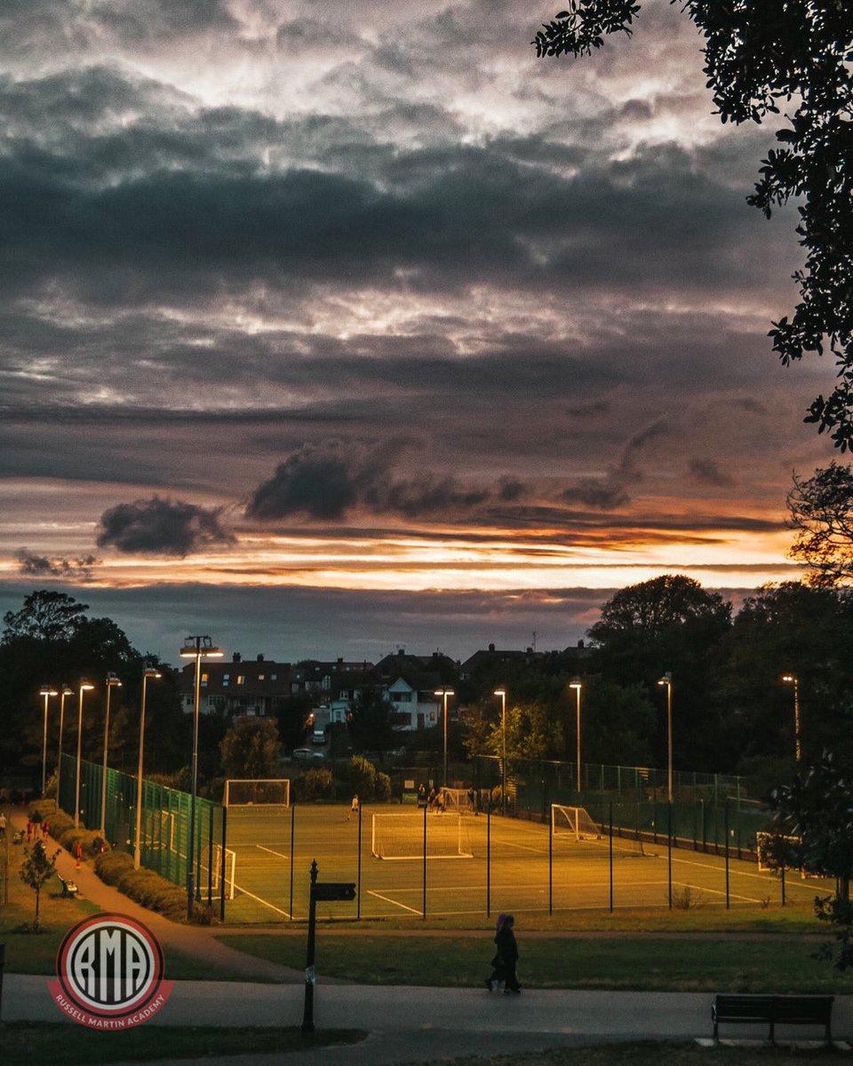 "The Home of RMA ⚽️   ""Make your dreams happen""  #russellmartinacademy #umbro #hovepark #Brighton #football https://t.co/pDQdfCIBeo"