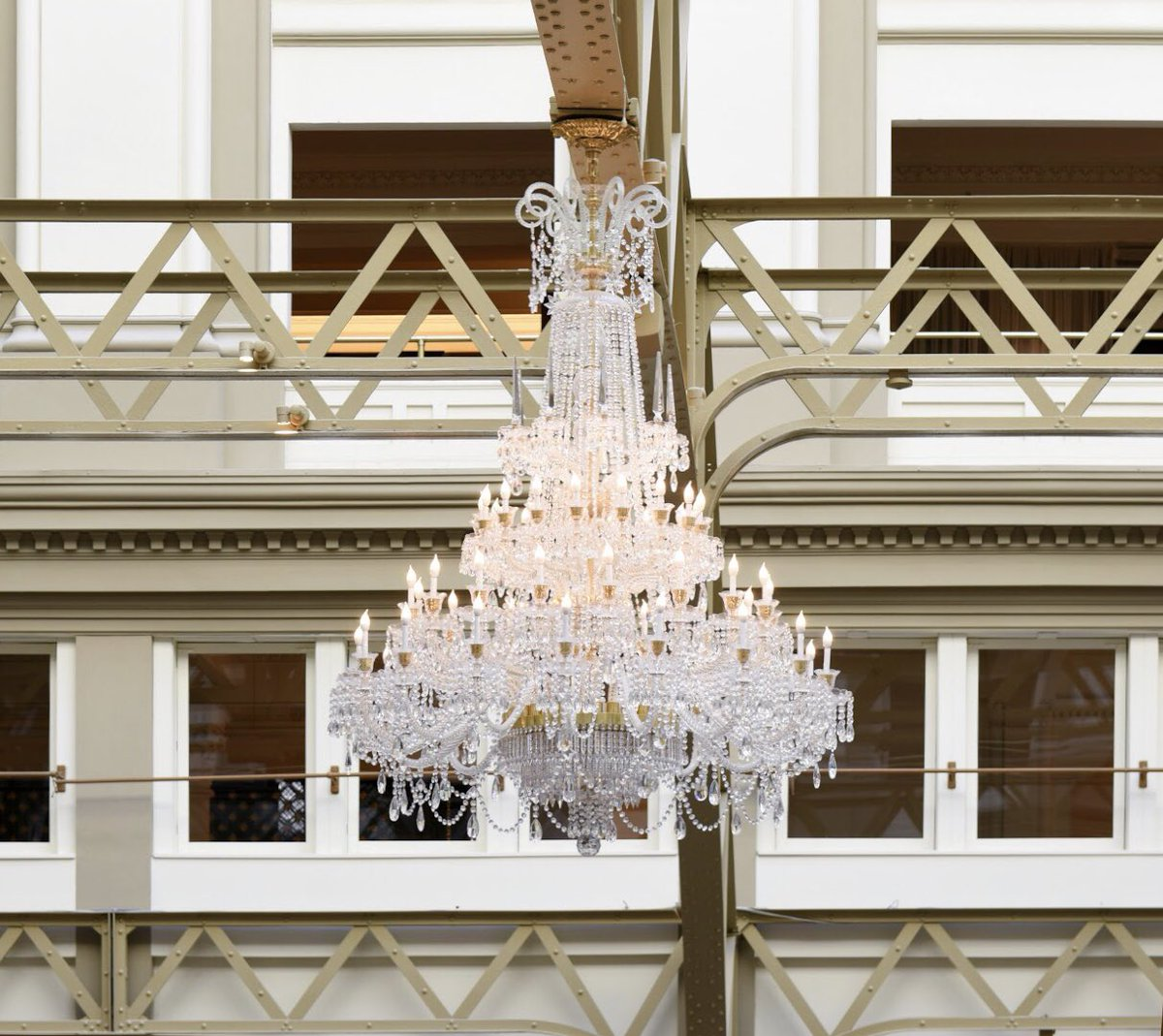 Did you know there are 630 custom-designed Schonbek-Swarovski chandeliers strategically located throughout @TrumpDC?   No detail is too small when the end goal is excellence: https://t.co/vV8NrNGNFa https://t.co/Lw9nCfE3Bx