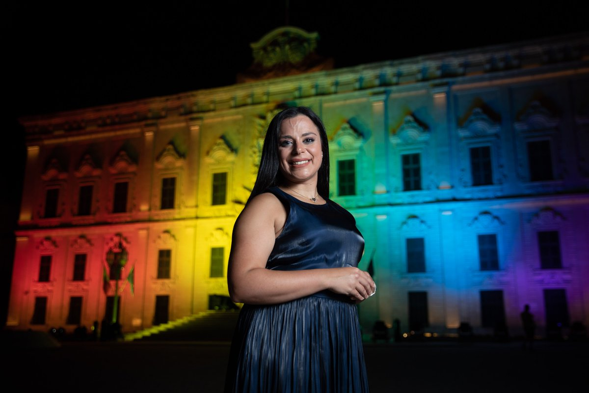 Beautiful colours lighting up #Malta's Castille🏳️‍🌈  #Pride2020 is a celebration of the #progressive and #inclusive milestones 🇲🇹 has achieved but also a reminder of how much we still need to strive to achieve further #equality in the 🇪🇺 and beyond.  @LGBTIintergroup https://t.co/YQoMr1DtBH