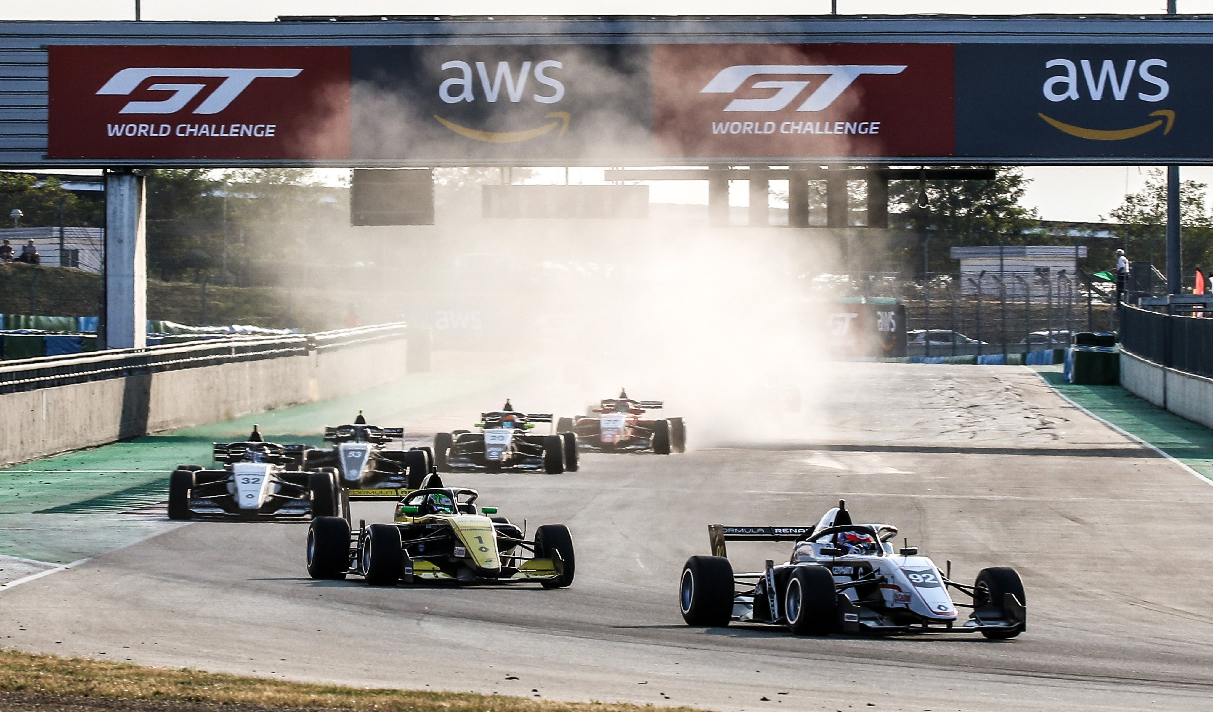 salida_fr_magny_cours