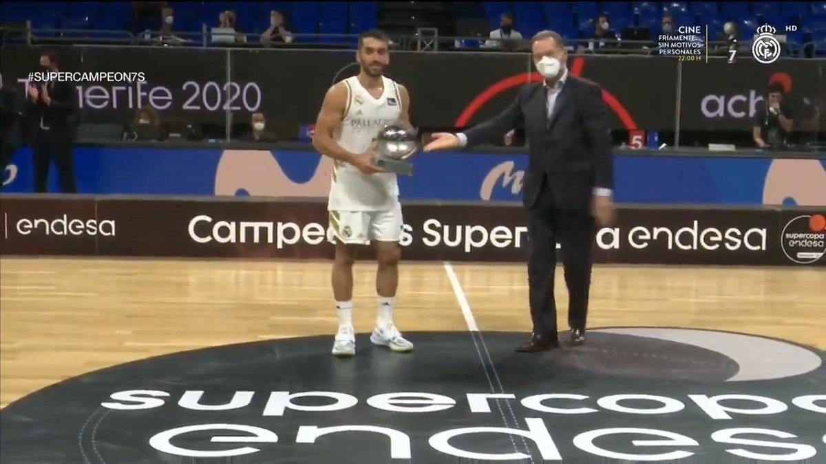 Replying to @RMBaloncesto: 😍 @facucampazzo 🥇 ¡Flamante MVP de la Supercopa! #SUPERCAMPEON7S #HalaMadrid