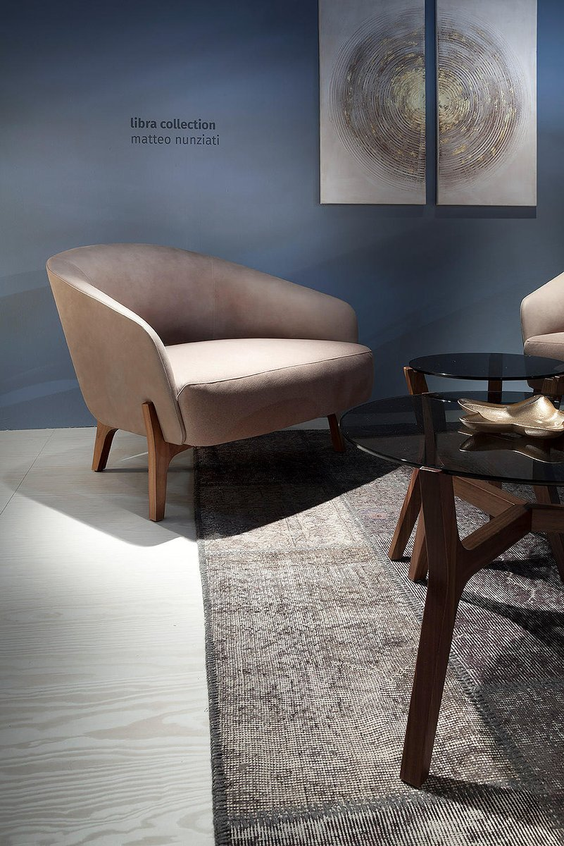 Libra conveys both luxury and quality combined. This is the ultimate chair for a more refined setting. Click below.  https://t.co/BBoEAF3pyh