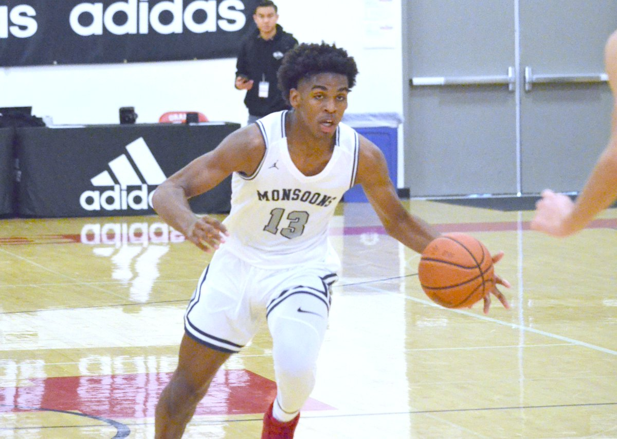 Evans Seven: Comparing college freshmen to projected NBA lottery picks: Click here: https://t.co/dgvlK5z8j3 Corey Evans takes a look at Josh Christopher (Mayfair) and Anthony Edwards (Georgia) and how their games compare. @Jaygup23 @halonagirl2 @VegasEliteHoops @SunDevilHoops https://t.co/upeb0psKev