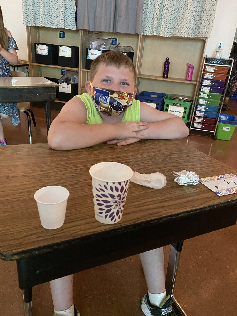 Words can't describe how amazing it's been to return to the classroom the last few weeks! For pictures, Ss said they will smile with their eyes to show their excitement for learning! @JeffriesSPS #scienceexperiment #eyesmile #teameutslerfamily #weloveschool #BackToSchool2020 https://t.co/SaK5f02n9h