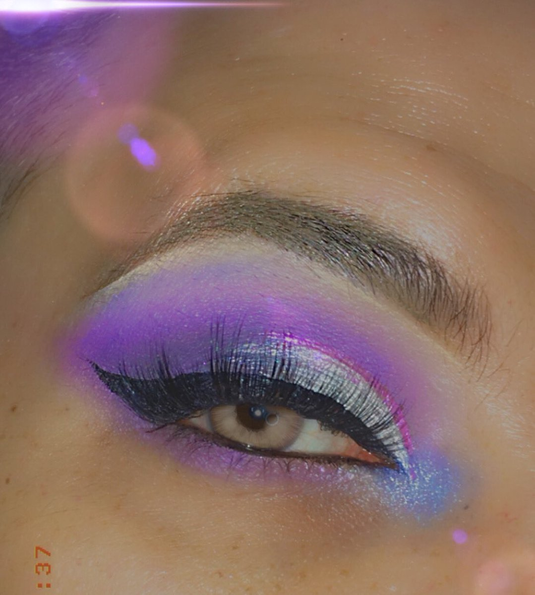 Today's look using @MorpheBrushes 35I palette and @KissProducts lashes in style Russian volume #morphebabe #kissproducts #kisslashes https://t.co/yclKdJpKQq